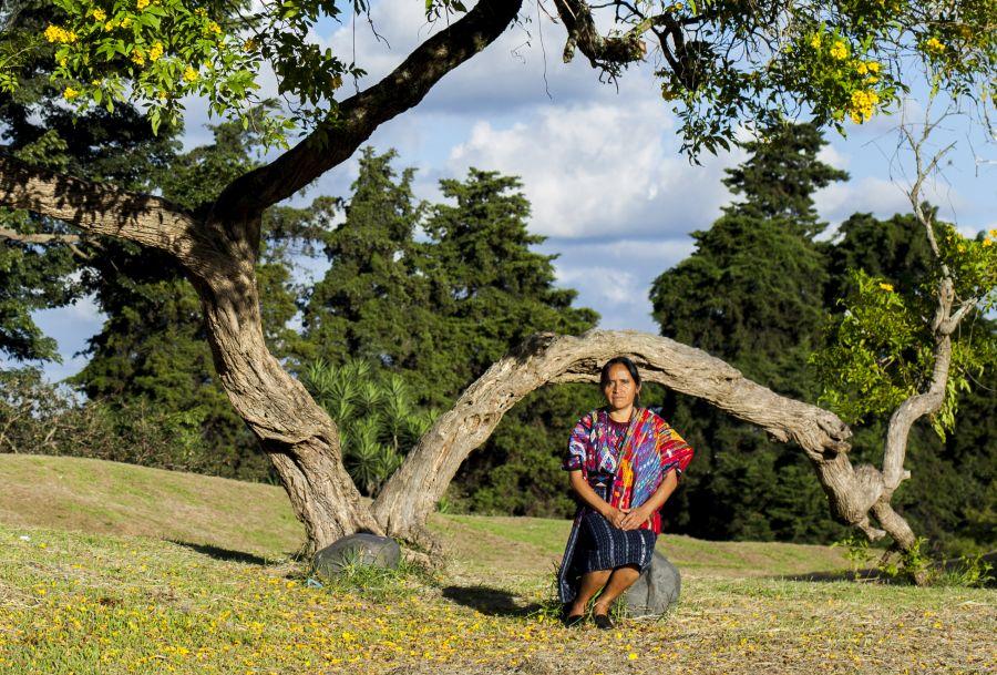 María Morales, de 52 años, está decidida a cambiar los injustos estereotiopos sociales de su comunidad, en Guatemala.