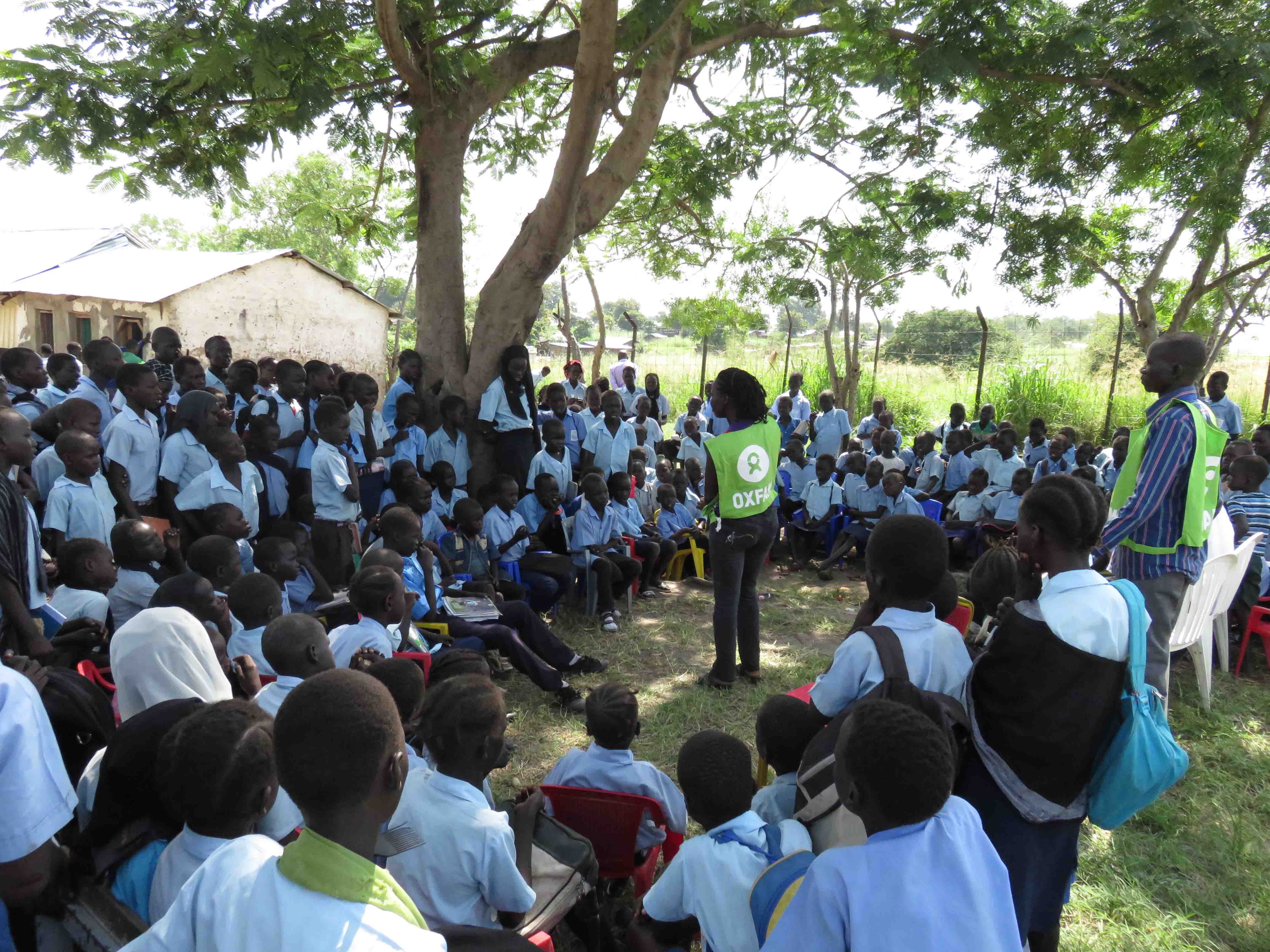Oxfam volunteers teach children the importance of hygiene in Juba, South Sudan