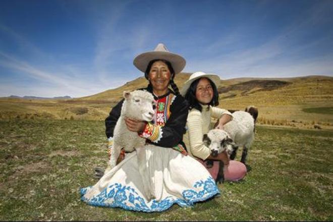 Virginia Ñuñonca, 54, vive en el altiplano peruano. Foto: Percy Ramírez/Oxfam