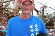 Raynaldo Basibas, de 55 años, superviviente del tifón. Foto: Anne Wright/Oxfam