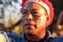 Jefe indígena guaraní-kaiowá