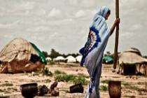 Woman at the Mentao Nord camp in Burkina Faso. Photo: Pablo Tosco/Oxfam