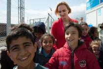 Irina Kolesnikova met children and took part in their activities in the refugee camp in Tabanovce