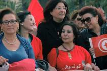 Najoua Makhlouf, President of an Oxfam partner organisation, the Women's Committee of the UGTT, marches alongside other women's rights activists at the demonstration for parity in the electoral law in Tunisia. Photo: LET