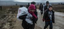 Las restricciones y el cierre de las fronteras europeas han hecho que la situación de estas personas vulnerables se haya deteriorado hasta provocar una crisis humanitaria. Photo: Pablo Tosco/Oxfam