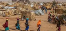 A group of women walking in the Assaga camp for IDPs and refugees, Diffa region, Niger. Vincent Tremeau/Oxfam
