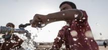 Punto de agua potable en el campo de Hasansham, Iraq. Foto: Tegid Cartwright/Oxfam