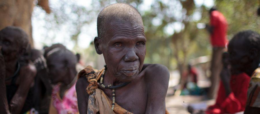 Nyaliah vino de Nyandong Payam para para registrarse y poder recibir la comida que distribuye el Programa Mundial de Alimentos en Nyal, en el condado de Panyijar. Foto: Bruno Bierren/Oxfam