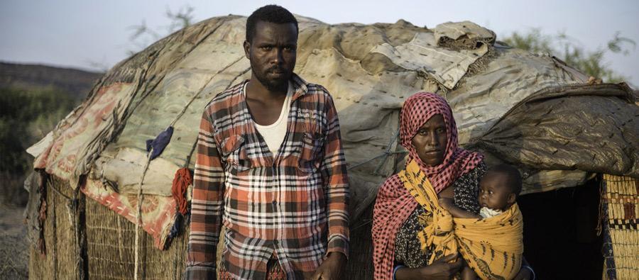 Mako y su marido, Mahamud, son pastores de la región etíope de Somalí . Fotografía: Kieran Doherty/Oxfam