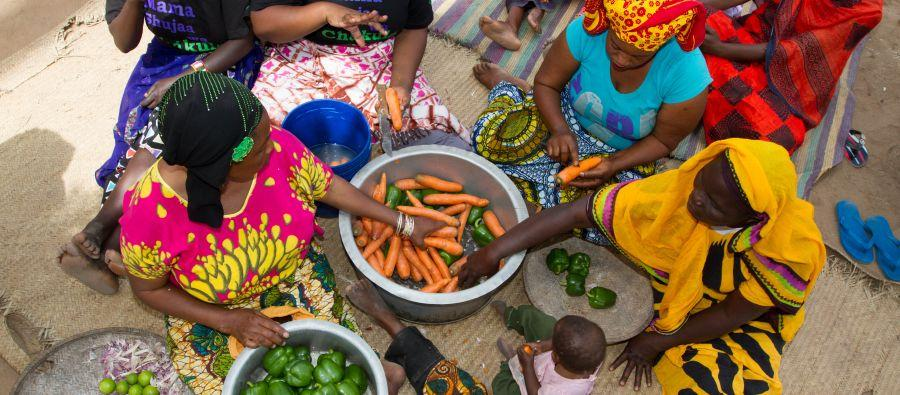 Launched by Oxfam and local partners, the Female Food Heroes initiative is an annual award that champions women farmers who are examples of what millions of women around the world are doing to ensure food security. Photo: Coco McCabe/Oxfam