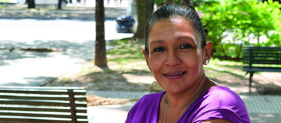En Bolivia María lucha contra la violencia a mujeres y niñas.