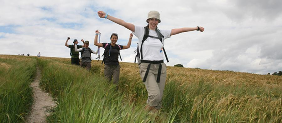 Happy Trailwalker team. Photo credit : Karen Robinson/Oxfam