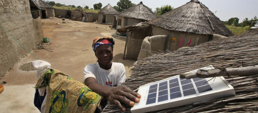 Oxfam is working on a solar energy pilot project that is bringing renewable energy to Kpatua village, in northeast Ghana. 10 households have been provided with a solar panel, three LED lights, and a battery to store energy so they can use lights at night.
