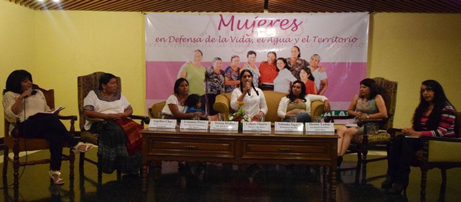 """Foro público """"Mujeres en defensa de la Vida, el Agua y el Territorio"""", actividad organizada con el apoyo de Oxfam. Foto: Oxfam"""