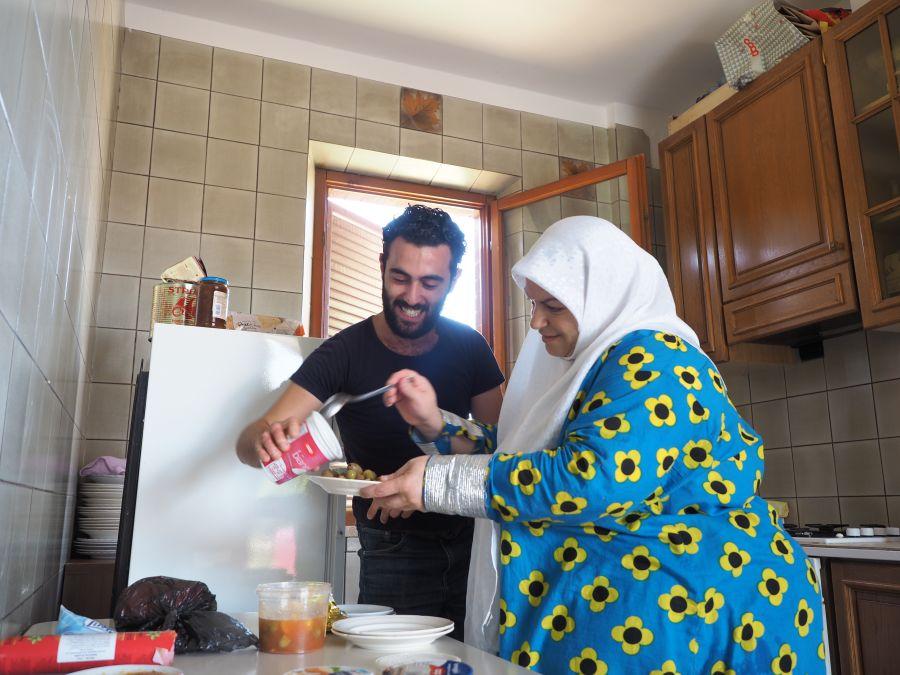 Mouhib et sa mère Malak.