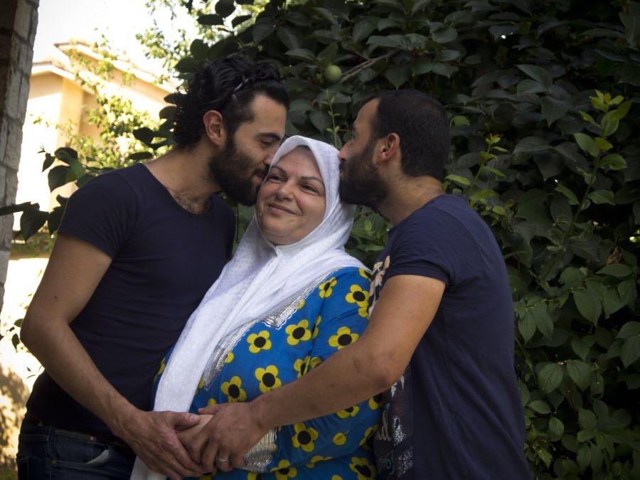 Mohammed, Mouhib et leur mère Malak.