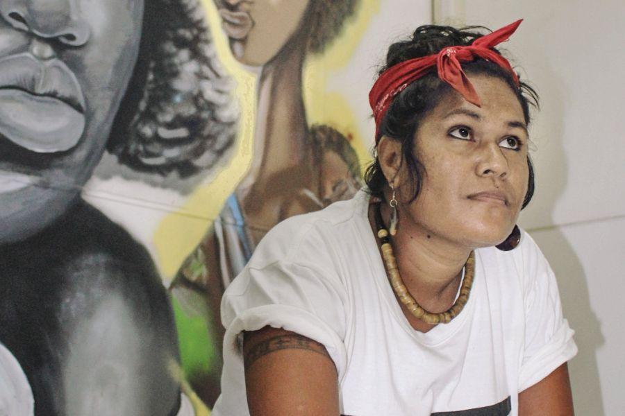 Loretta Taika, street artist from Solomon Islands